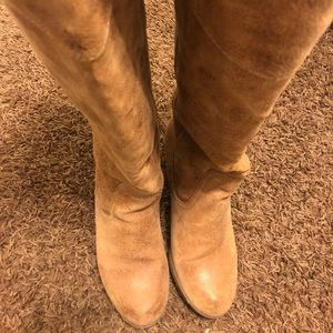 [report] gorgeous leather heeled boot
